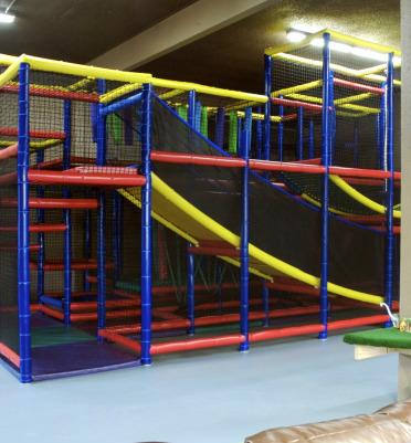 Bonkerz Indoor Play Center / Playground / Play Structure